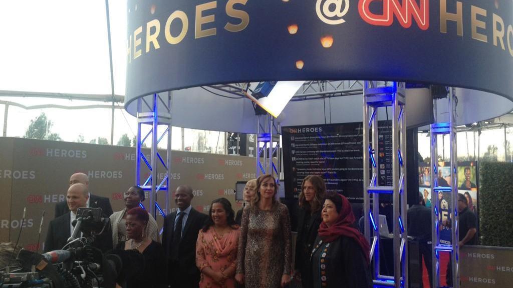 CNN Heroes Group w/Banner